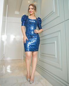 "Mená Brasil Atacado on Instagram: ""TIME TO SHINE 💙✨    #useMená"" Metallic Pumps, Bodycon Dress, Formal Dresses, Instagram, Fashion, Brazil, Blue Nails, Dresses For Formal, Moda"