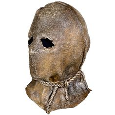 Sculpted by Justin Mabry, this amazing mask was inspired by the movie maniacs and scarecrows from comics and film. Now you can be the ultimate horror this Halloween wearing the burlap terror, Sack O P Halloween Fright Night, Samhain Halloween, Halloween Horror, Scarecrow Mask, Halloween Scarecrow, Halloween Projects, Halloween Costume Props, Halloween Masks, Halloween Decorations
