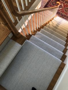 Cheap Carpet Runners For Hall Referral: 3714506170 Stairs Landing Carpet, Carpet Staircase, Staircase Runner, House Staircase, Staircase Remodel, Stair Landing, Staircase Design, Carpet Runner On Stairs, Hall Carpet