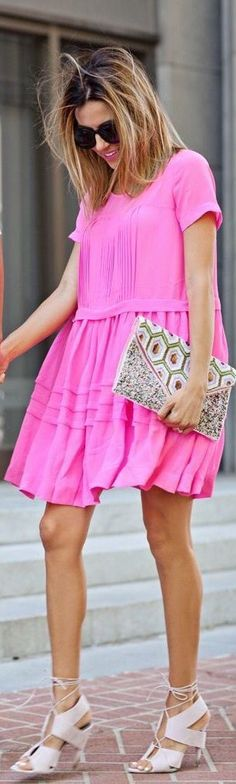 hot pink shift dress. love this for summer.