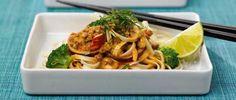 Thai-noodle med stekt kycklingfärs - Kronfagel.se