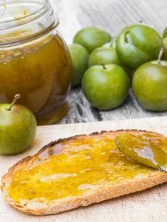 Une délicieuse et gourmande #Confiture de Reines Claudes et jus de citron pour rendre les #tartines plus savoureuses !