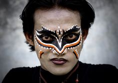Shot over ten years, professional photographer Eric Lafforgue has created a beautiful series of images giving an insight into the use of make-up from India to Indonesia, Ethiopia and beyond. Tribal Makeup, Eric Lafforgue, Beautiful Series, Borobudur, Look Into My Eyes, People Of The World, Eye Make Up, Makeup Art, Makeup Ideas