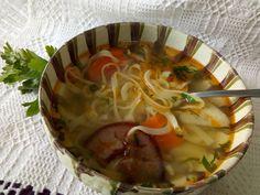 Hellena  ...din bucataria mea...: Supă de tăiței pârgăliți