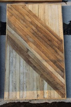 Would love this as a reclaimed VT wood table desk for Flex room for Dads desk