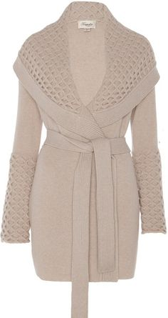 """Temperley London - """"Honeycomb Cardigan"""" Fall Olivia Pope, Scandal, Episode """"Top of the Hour"""".I love a nice coat Olivia Pope Wardrobe, Olivia Pope Style, Scandal Fashion, Fall Outfits, Cute Outfits, Mode Hijab, Autumn Winter Fashion, Winter Style, Passion For Fashion"""