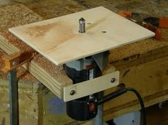 Possibly the world's simplest router table to make, this jig enables trim routers to be used in the upright position for delicate cuts on small work pieces. ...
