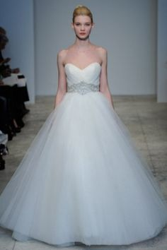 Love it love it love it! But it would be better in a blush pink color!