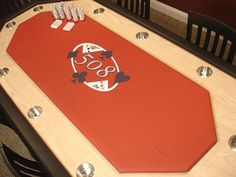 game rooms : DIY Network how to build a poker table Poker Table Diy, Poker Table Plans, Custom Poker Tables, Diy Table, Table Games, Game Tables, Pool Tables, Diy Network, Man Room