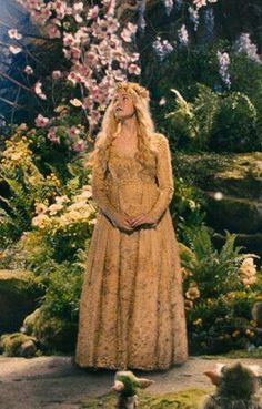 Aurora gold dress maleficent pictures