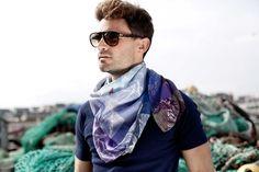 Foulards Esther Bonté Collection été 12 : Imaginary Escape www.estherbonte.com #summer #collection #scarf #scarves #foulard #escape #imaginary #imaginaryescape #summerlook #lovesummer #paris #france #mode #fashion #créateurfrançcais #frenchdesigner #créatrice #accessoire #accessories #accessory #nouages #print #graphic #GeoSeaEtric