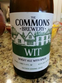 The Commons Brewery Wheat Ale with Spices