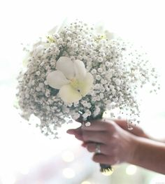 Bouquet mariee champêtre gypsophile