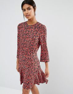 Buy it now. Whistles Anjelica Dress In Cherry Print - Multi. Dress by Whistles, Lightweight woven fabric, Lightly textured finish, All-over print, Round neckline, Zip back fastening, Regular fit - true to size, Dry clean, 100% Viscose, Our model wears a UK 8/EU 36/US 4 and is 175cm/5'9 tall. ABOUT WHISTLES With a focus on beautiful cuts, premium fabrics and cutting-edge design, Whistles create timeless pieces with a directional edge. Whistles channel an effortlessly chic silhouette with a…