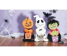 Love how cute these are! Halloween Plush Pals