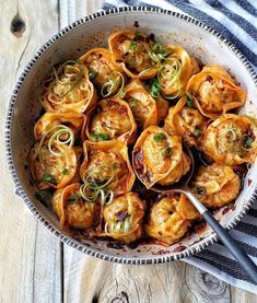 "food-porn-diary: ""Steamed pork dumplings in a sweet chili sauce garnished with ribbons of scallions. Steamed Pork Dumplings, Steamed Food, Steamed Shrimp, Think Food, Love Food, Food Goals, Asian Cooking, Aesthetic Food, Healthy Recipes"