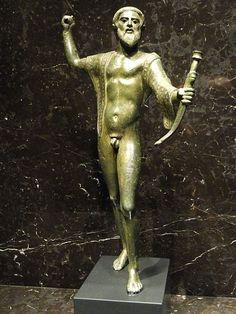 Etruscan statuette, Apiro Italy, 460-450 BCE - Nelson-Atkins Museum of Art -