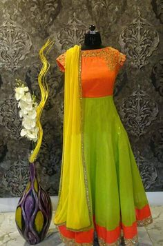 Frocks are highly popular among ladies and girls for party wear because there are different types of frocks with resp. Red Lehenga, Anarkali Dress, Lehenga Choli, Anarkali Suits, Sarees, Black Anarkali, Salwar Designs, Kurti Designs Party Wear, Blouse Designs