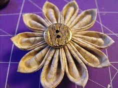 **Tsunami Flower Pin.  Very easy, sturdy, and quick.