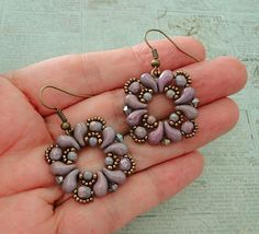 Linda's Crafty Inspirations: Buta Earrings - Lila Vega