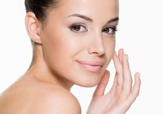 O colágeno ajuda a emagrecer e deixa a pele firme, prevenindo rugas e flacidez.