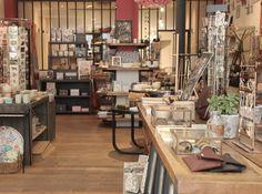 Boutique avec atelier verrière - Mathûvû boutique concept store lyon décoration home bijoux accessoires maroquinerie vaisselle bloomingville house doctor papeterie