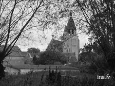 Combray: My favorite film from an old French    black and white documentary! It's a magical tour of the town, the walks, the park @ 2:00. (http://wn.com/combray#)