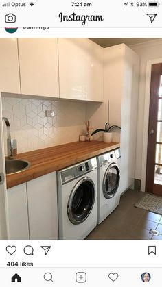 I love a white laundry with lots of storage Laundry In Kitchen, Laundry Nook, Mudroom Laundry Room, Modern Laundry Rooms, Laundry Room Remodel, Laundry In Bathroom, Interior Design Living Room, Living Room Designs, Küchen Design