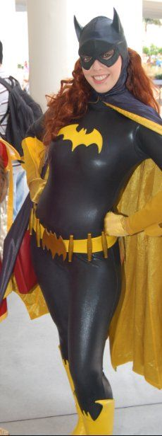amazing Batgirl cosplay. it is essential that I do this someday. I wonder if I could make this out of Spanx....