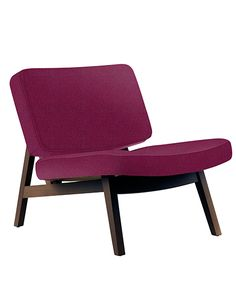 The Andy Lounge provides a gentle recline, streamlined angles, and a spacious seat give you a relaxed fit.