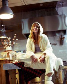 心ときめく休日前夜の素敵な過ごし方とお供のレシピ Fashion News, Lounge Wear, Underwear, Pajamas, Hipster, Comfy, Photoshoot, Lingerie, Lifestyle