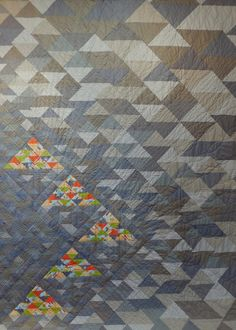 Triangles in the Rouh by Tammy Lawson Modern Quilting Gallery | The Modern Quilt Guild