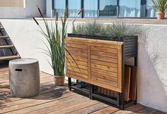 smart and practical Maisons du Monde garden furniture for a small . Balcony Chairs, Outdoor Balcony, Balcony Railing, Small Balcony Design, Small Patio, Garden Furniture, Cool Furniture, Outdoor Furniture, Furniture Design