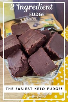 Try this easy condensed milk fudge recipe for an easy, healthy chocolate dessert. This 2 ingredient low carb fudge is sugar free, which means it will soon become one of your favorite keto dessert recipes. This holiday microwave fudge recipe will have ever Keto Desserts, Healthy Chocolate Desserts, Dessert Recipes, Easy Keto Dessert, Dessert Ideas, Carb Free Desserts, Stevia Desserts, Carb Free Snacks, Low Sugar Desserts
