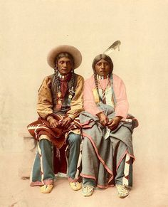 Utes Pee Viggi and wife. 1899. Photochrom by the Detroit Photographic Co. Source - Library of Congress.