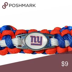 New York Giants Bracelet, New York Giants Jewelry New York Giants Jewelry- New York Giants Bracelet - Football Jewelry  WHO LOVES FOOTBALL?! Show your Pride for the New York Giants with this handmade sports bracelet. This listing is for one New York Giants paracord bracelet. 7 inches in length with an additional 2 inch extension. Absolutely adorable, you'll be in a hurry to show it off to your friends and family!  Perfect for Giants Football Fans!! Jewelry Bracelets
