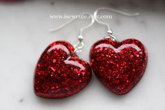 Dangle Earrings Red Heart Glitter Resin Dangle Heart by isewcute for toddlers room ideas stick crafts crafts Diy Resin Art, Diy Resin Crafts, Jewelry Crafts, Handmade Jewelry, Stick Crafts, Resin Jewlery, Making Resin Jewellery, Diy Schmuck, Schmuck Design