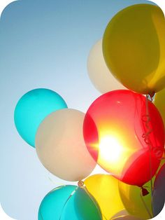 I LOVE the light shining through these balloons