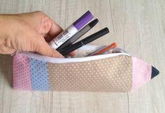 Passo à Passo Estojo em Forma de Lápis   Vivartesanato Tutorial Diy, Easy Sewing Patterns, Pencil Pouch, Sewing Crafts, Stitch, Projects, Blog, Gifts, Pouches