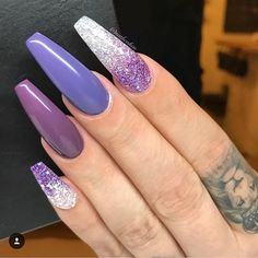 Mismatched nail art design to try