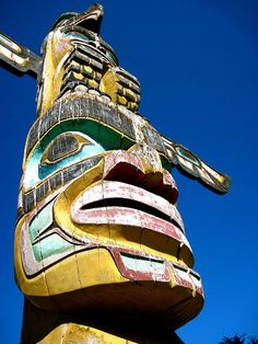 Totem Pole carved by Bradley Hunt in Sechelt BC