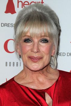 Linda Evans Photos - Actress Linda Evans attends the Heart Truth's Red Dress Collection 2012 Fashion Show at Hammerstein Ballroom on February 2012 in New York City. - The Heart Truth's Red Dress Collection 2012 Fashion Show - Red Carpet Divas, Linda Evans, Beautiful People, Beautiful Women, Glamour Shots, Ageless Beauty, Hollywood Actor, Aging Gracefully, Grey Hair