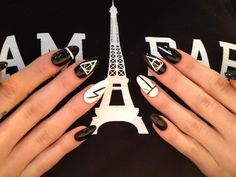 harry potter themed nail art? o.o <3
