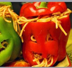 Red (or green) pepper filled with spaghetti - cute