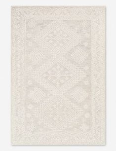 Featuring a subtle mosaic-inspired motif throughout, this versatile rug is the perfect way to soften your space. The easy-to-style look of this rug makes it a favorite for both sophisticated traditional rooms, as well as more contemporary aesthetics. Nursery Rugs, Room Rugs, Rugs In Living Room, Living Area, Farmhouse Area Rugs, Cream Living Rooms, 8x10 Area Rugs, Floral Rug, Throw Rugs