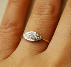 pretty, delicate deco ring.