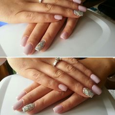 Nails nude pink
