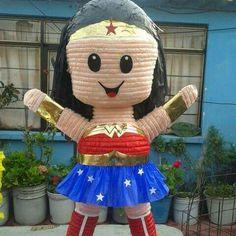 Wonder Woman pinata