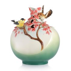 FZ03063 Franz Porcelain Good Tidings From Canary Bird Design Sculptured Vase