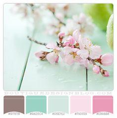 gorgeous aqua and pink color scheme